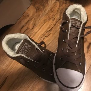 Black or brown converse with fur on inside